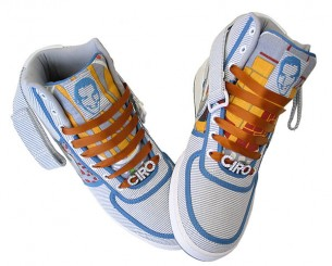 CLICK HERE  To look at different sneakers I used to customize back in the days -around 2002.