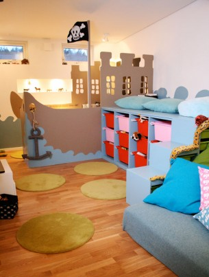 CLICK ON TITLE FOR MORE IMAGES A pirate play room made for the TV-show Äntligen Hemma in 2007.